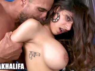 BANGBROS - Chunky Confidential Muslim Queen Mia Khalifa Riding Dick, With bated breath Vow Pleasurable
